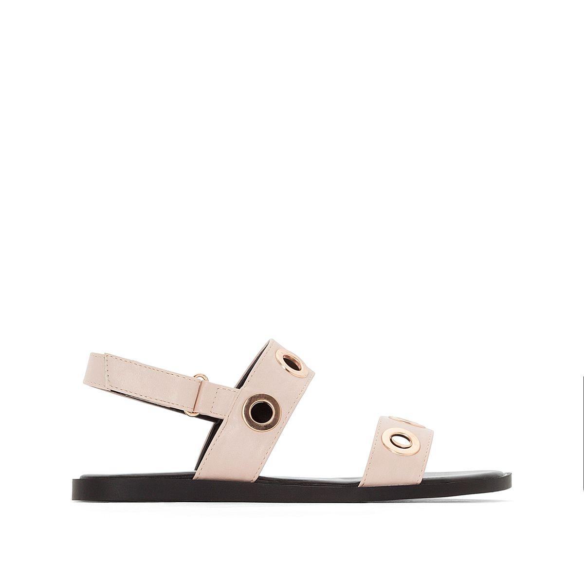 Sandales plates détail ½illets