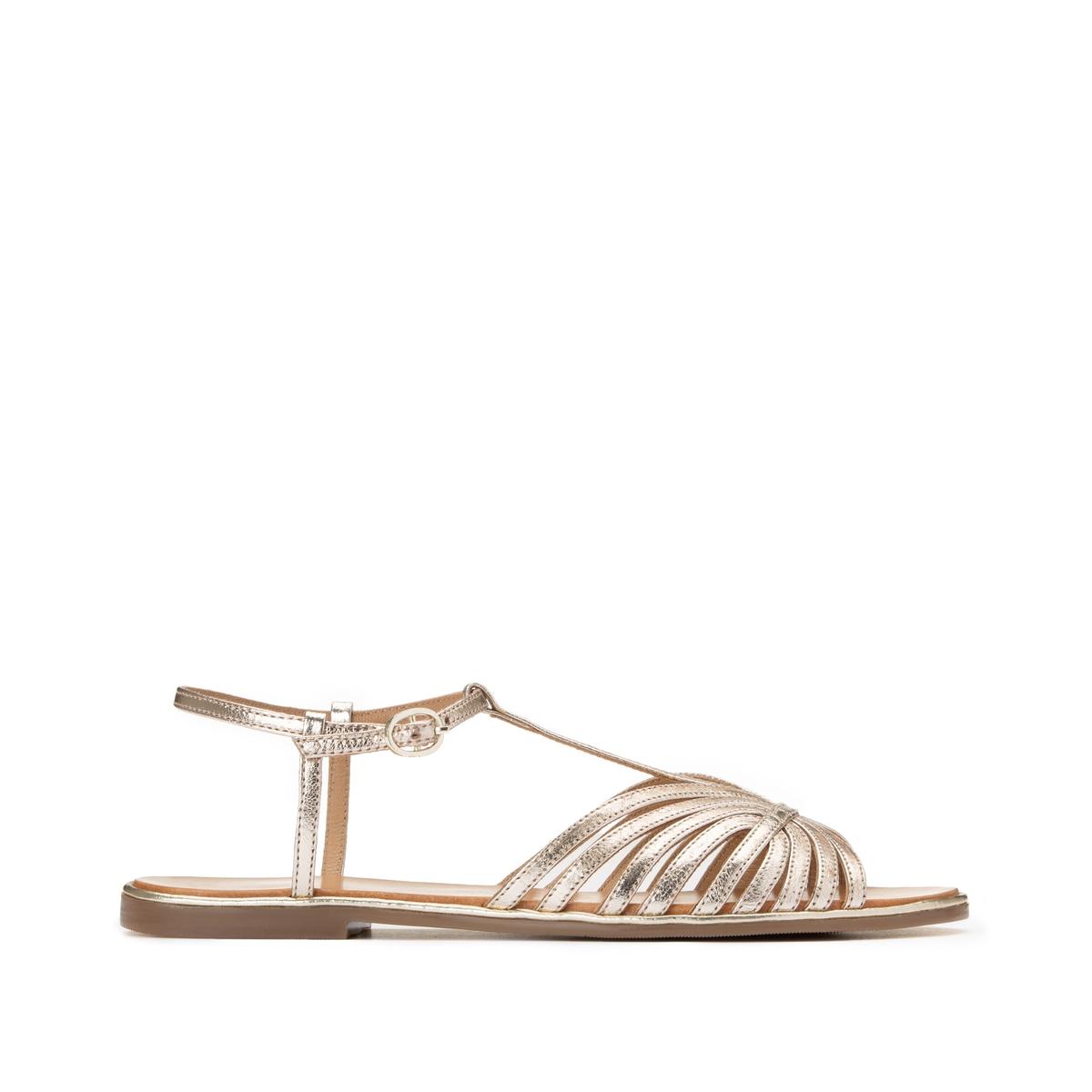 Sandalias de piel con tacón plana y múltiples correas