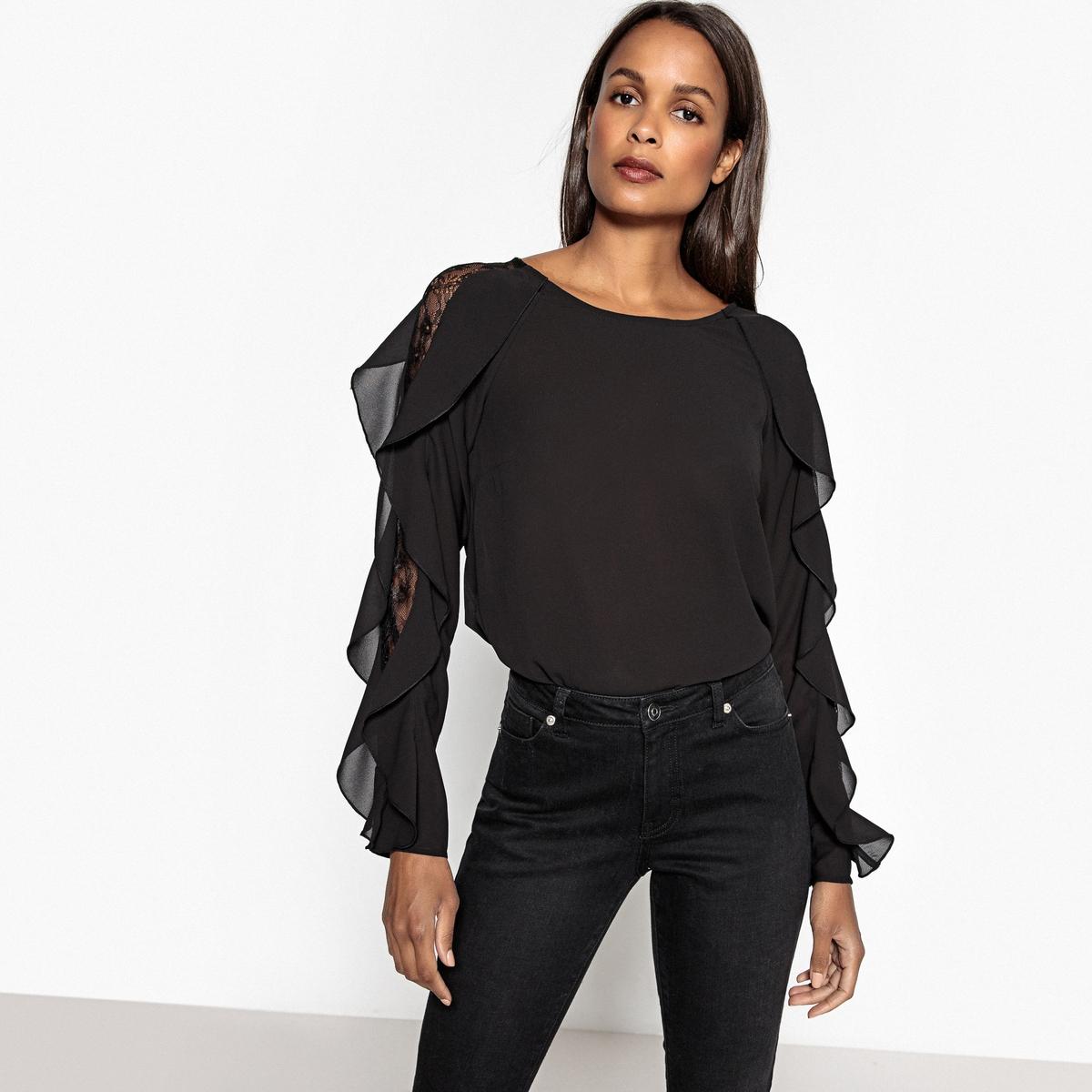 Блузка с длинными рукавами, воланами и кружевом