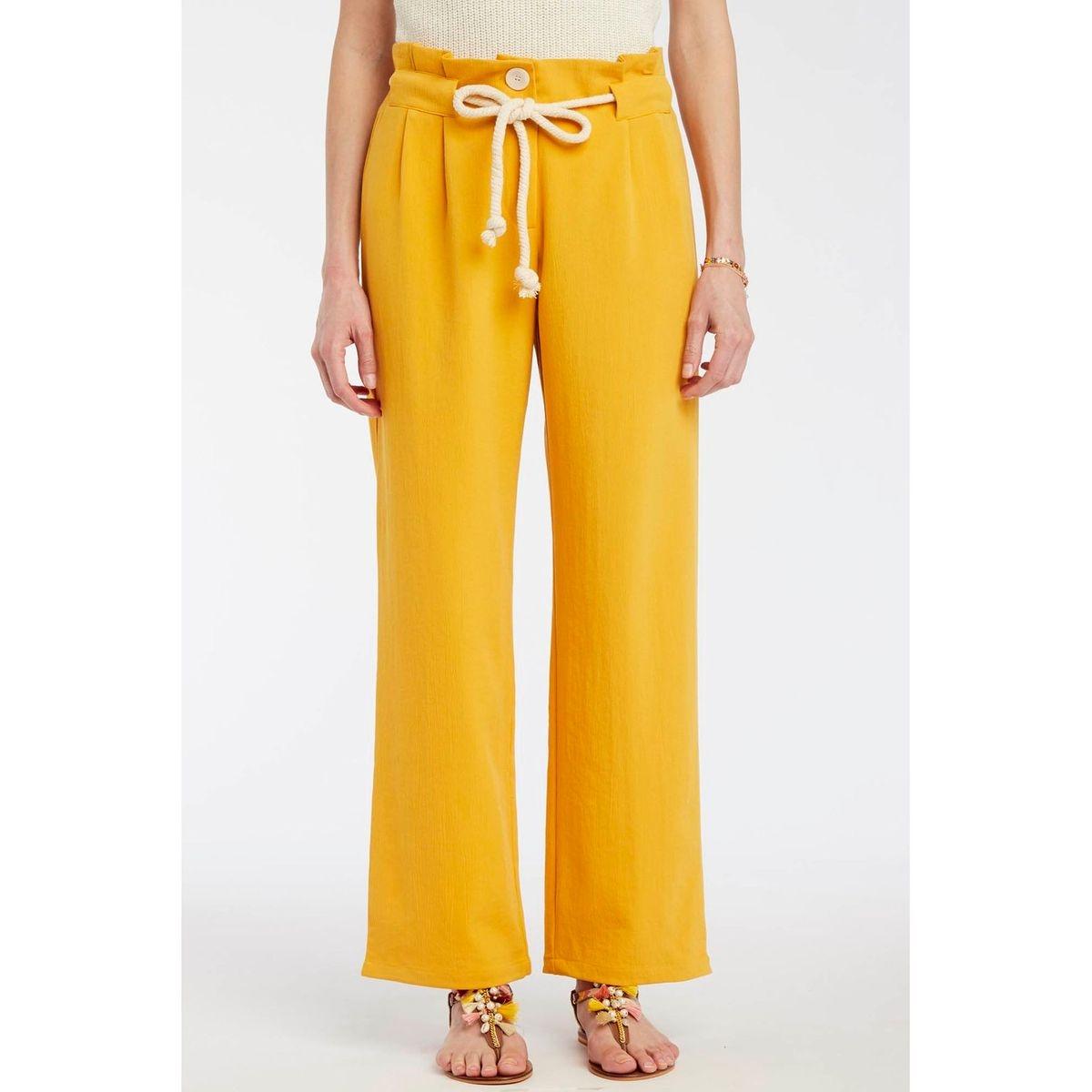 Pantalon large taille plissée et ceinture corde