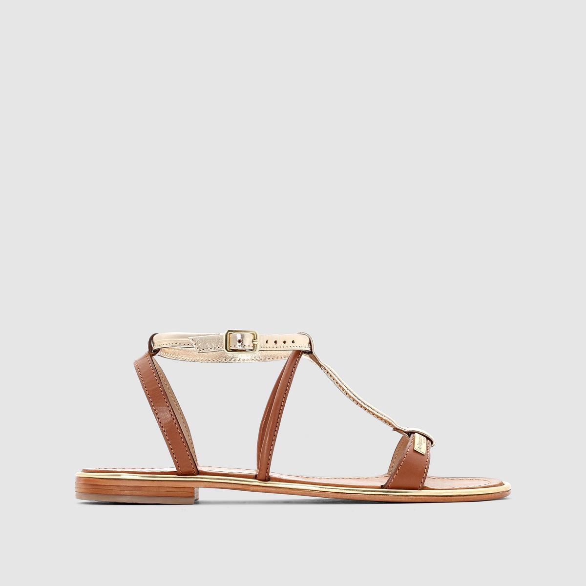 Сандалии плоские Haquina, из кожиПлоские сандалии с изысканными тонкими ремешками из кожи серебристо-белого, золотисто-рыжего или черного цвета можно сочетать летом с небольшими платьями, шортами или длинными юбками  ...<br><br>Цвет: Бежевый/золотистый<br>Размер: 37