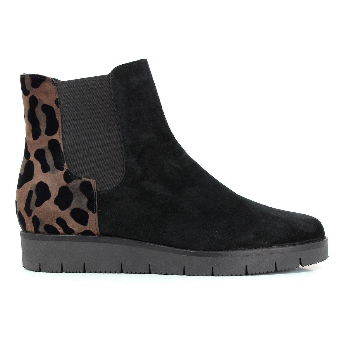 Ботинки кожаные, ATOUПодкладка: Кожа.Стелька: Кожа.Подошва: Синтетический материал.    Высота голенища: 17 см.Форма каблука: Плоская.    Мысок: Круглый.     Застежка: Без застежки.<br><br>Цвет: Черный/рыжий<br>Размер: 39