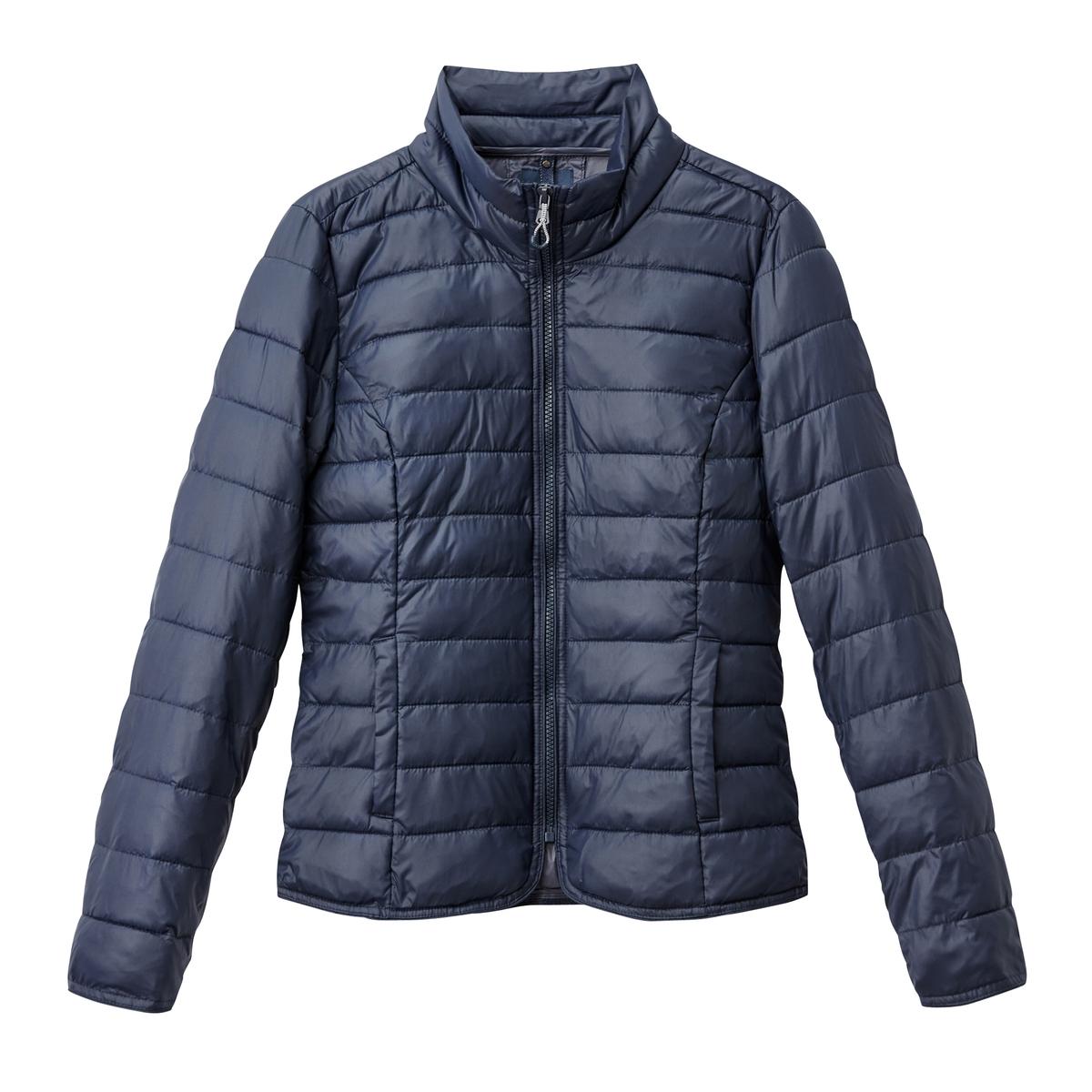Куртка стеганаяСтильная короткая стеганая куртка  ONLY. Эта стеганая куртка идеальна для межсезонья . Высокий воротник. 2 кармана.Детали •  Длина : укороченная   •  Воротник-стойка •  Застежка на молниюСостав и уход •  100% полиамид  •  Следуйте рекомендациям по уходу, указанным на этикетке изделия<br><br>Цвет: черный<br>Размер: L
