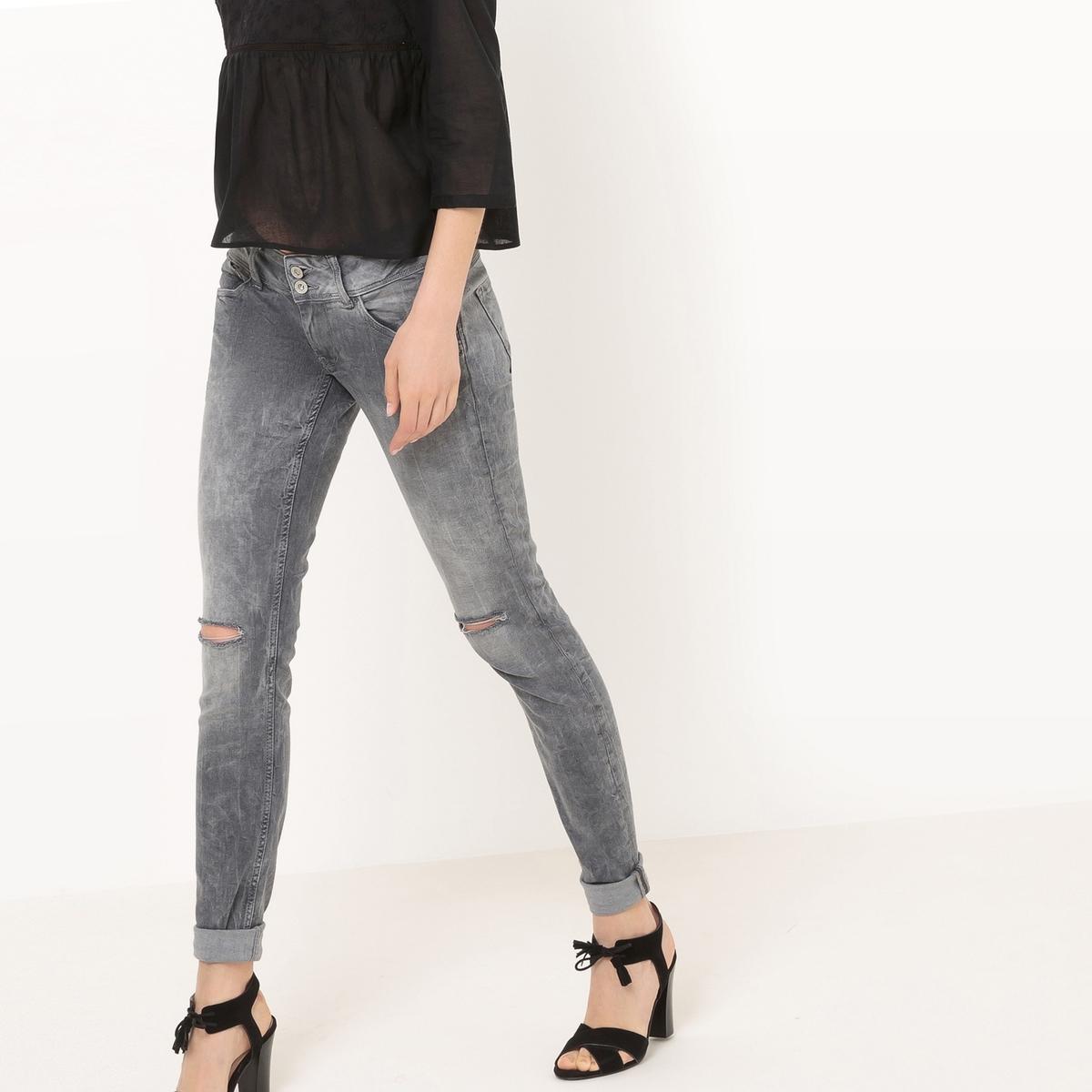 Узкие джинсыДетали •  Узкие •  Стандартная талия Состав и уход •  98% хлопка, 2% эластана •  Следуйте советам по уходу, указанным на этикетке<br><br>Цвет: серый<br>Размер: 29 длина 32