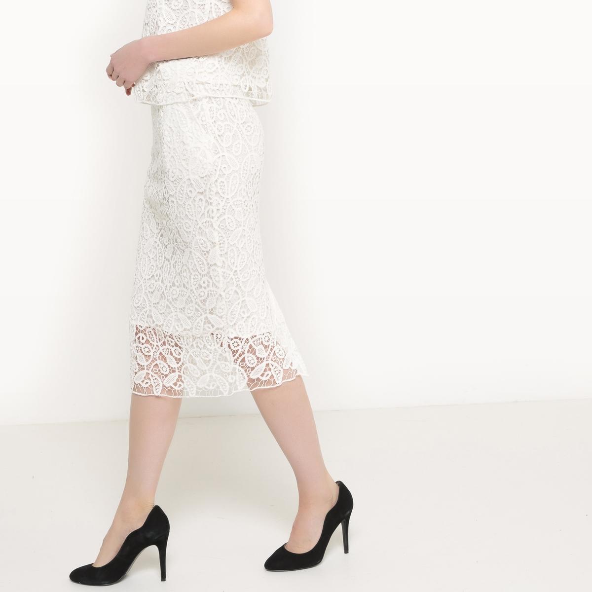 Falda de guipur
