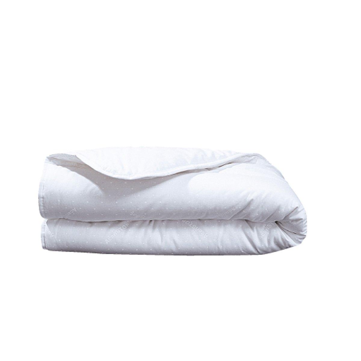 Одеяло детское с обработкойГигиена и комфорт! Детское одеяло с обработкой против клещей, которая прослужит долгое время, а также против пятен (до 15 стирок). Чехол из 100% хлопка. Отделка кантом. Стирка при 60°. Наполнитель из полиэстера. Стежка линиями. Размер: 75 х 120 см.<br><br>Цвет: белый