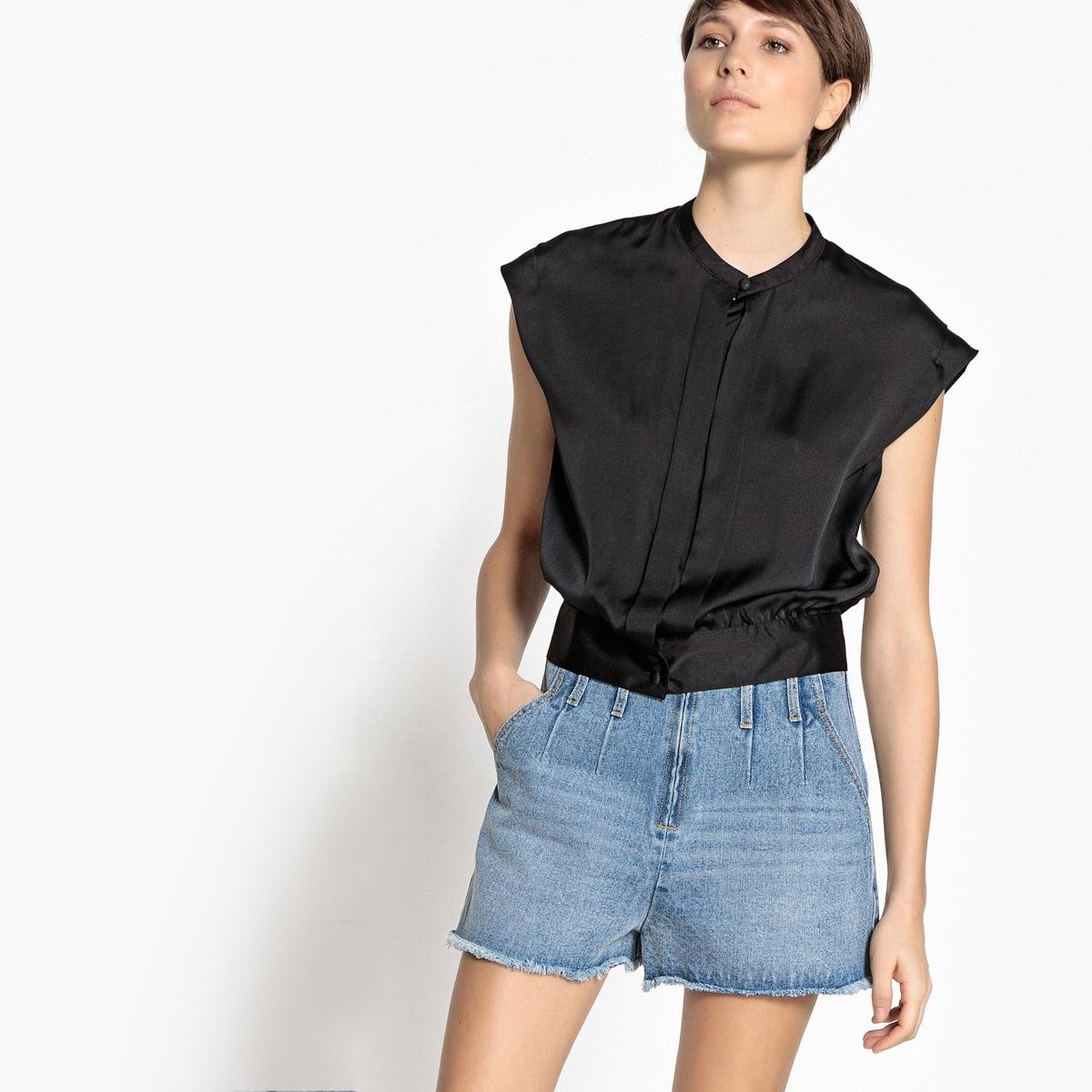Блузка без рукавов с воротником-стойкой