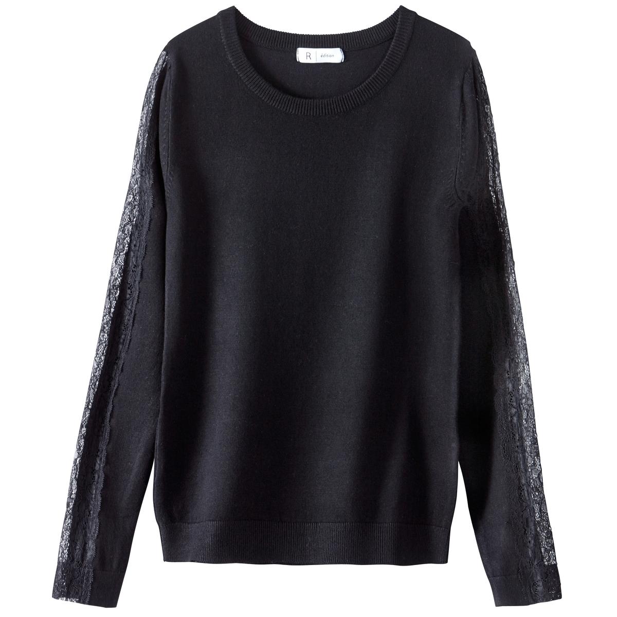 Пуловер из вискозы с кружевом на рукавах