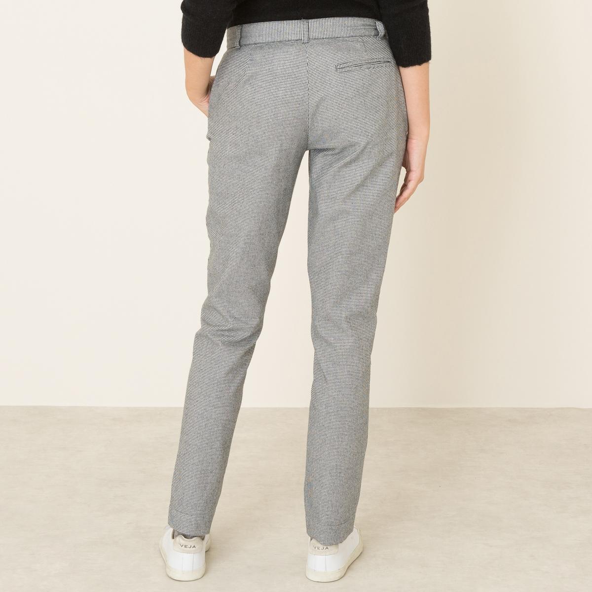 Брюки VIRTYLLEБрюки HARRIS WILSON - модель VIRTYLLE. Прямые брюки из ткани с растительными волокнами в мелкую клетку. Пояс со шлевками. Застежка на молнию и пуговицу. 2 косых кармана. Состав и описание Материал : 100% хлопокМарка : HARRIS WILSON<br><br>Цвет: черный/ белый