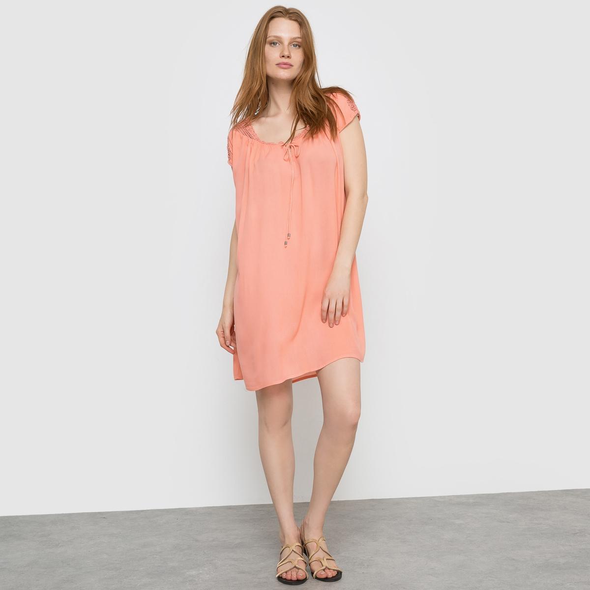 Платье с короткими рукавами VINIST DRESSСостав и описание     Материал: 100% вискозы.     Марка: VILA<br><br>Цвет: коралловый<br>Размер: S