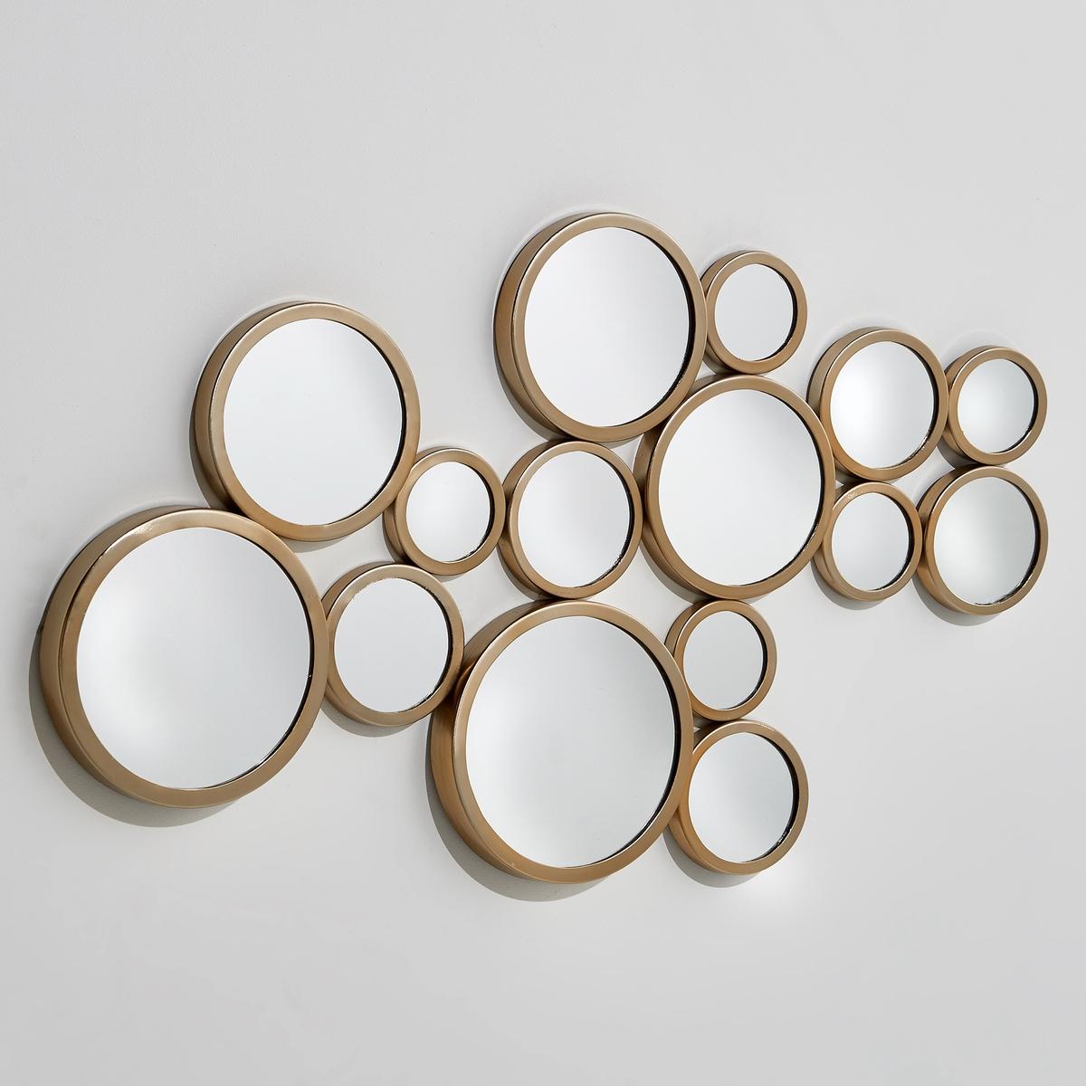 Зеркало, Ш.84 x В.50 см, KanconaНастенное зеркало Kancona состоит из 4 спаянных зеркал, объединенных одной металлической оправой. Это зеркало придаст Вашим стенам очень графичный стиль 50-х годов.   Кронштейны для крепления на стену. Размеры  : Ш.84 x В.50 x Г.1,5 см.<br><br>Цвет: латунь