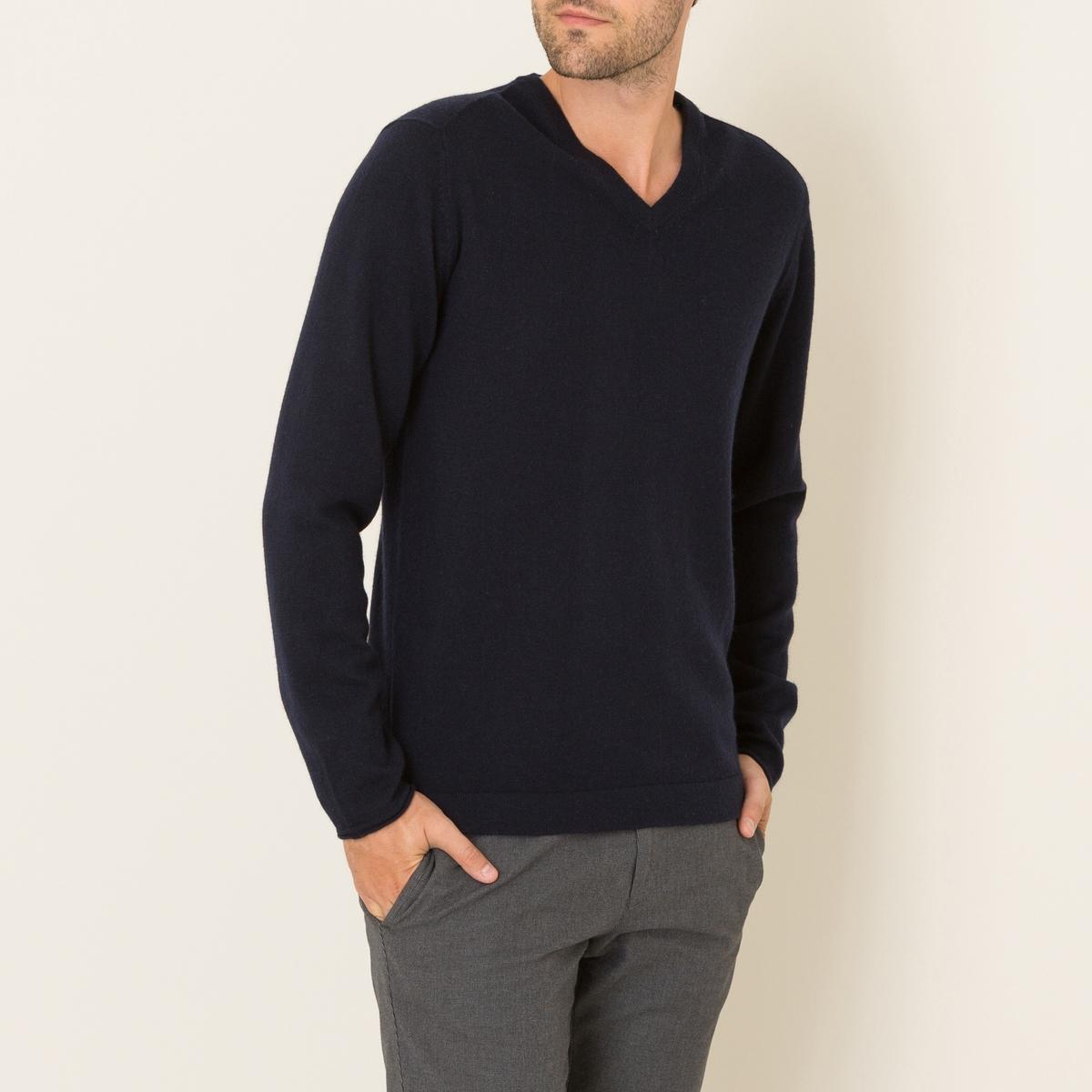 Пуловер из шерсти и кашемираСостав и описание    Материал : 70% шерсти, 30% кашемира   Марка : HARTFORD<br><br>Цвет: темно-синий