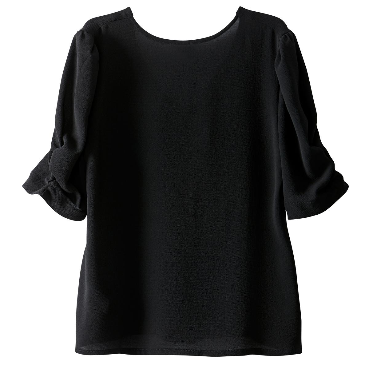 Блузка с вырезом сзади, рукава с плиссировкой