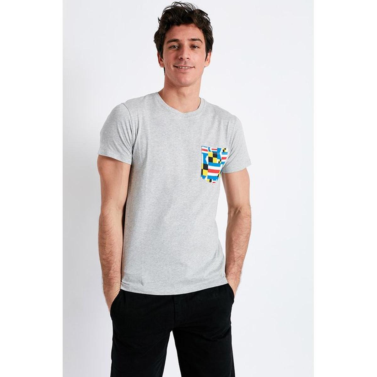 T-shirt manches courtes gris Poche motif pavillon multicolore