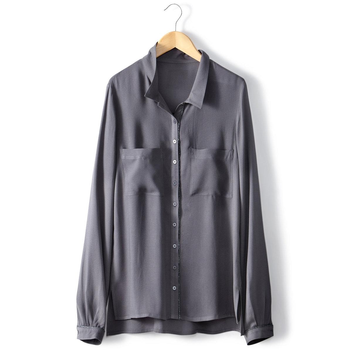 Блузка с рубашечным воротникомБлузка с рубашечным воротником, 100% вискозы. Длинные рукава. Нагрудные карманы.  Планка застежки на пуговицы. Отделка бейкой из металлизированной нити. Длина 64 см.<br><br>Цвет: серый<br>Размер: 34 (FR) - 40 (RUS)