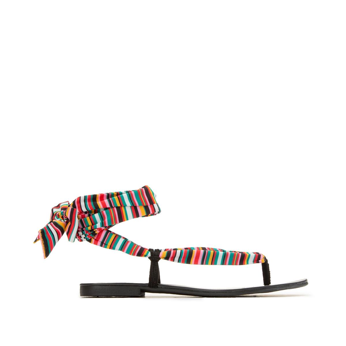 Sandalias con tejido estampado para anudar