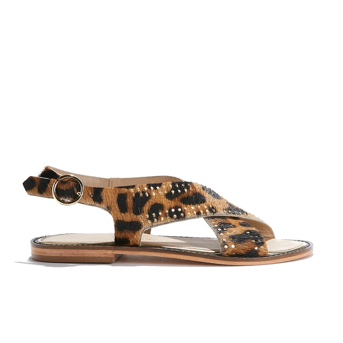 Босоножки кожаныеОписание:Детали •  Широкий каблук •  Высота каблука : 1 см •  Застежка : ремешок/пряжка •  Открытый мысокСостав и уход •  Верх/Голенище : 100% кожа<br><br>Цвет: леопард