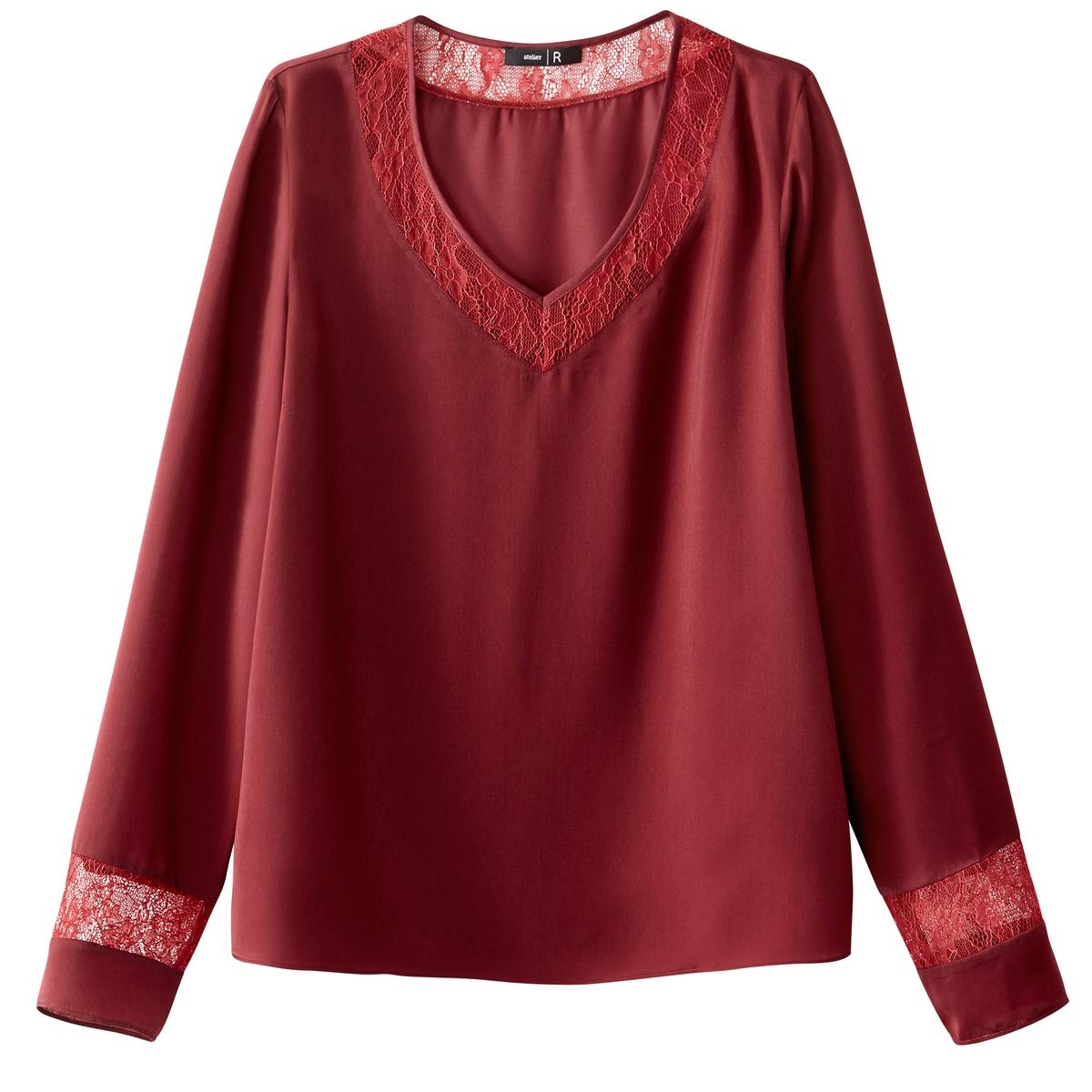 Блузка прямого покроя с кружевной вставкой