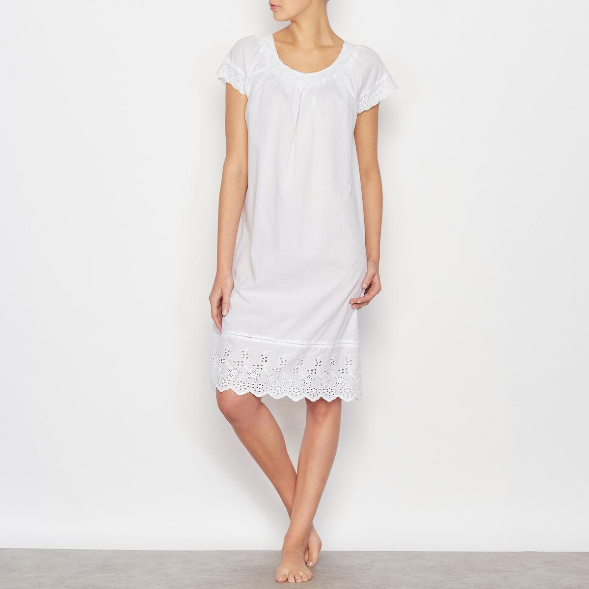 Ночная сорочка с вышивкойНочная сорочка. 100% хлопка. Вышивка по вырезу, низу коротких рукавов и по низу сорочки. Длина: 95 см.Машинная стирка при 40°.<br><br>Цвет: белый<br>Размер: 38/40 (FR) - 44/46 (RUS)