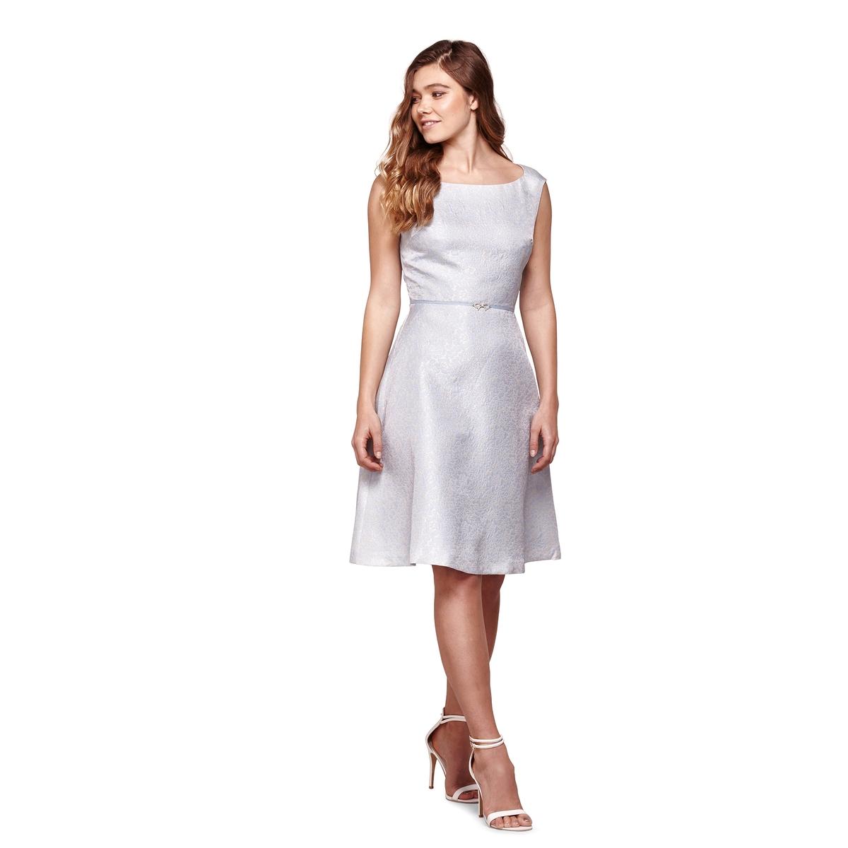 Платье расклешенное без рукавов с бантом от YUMI