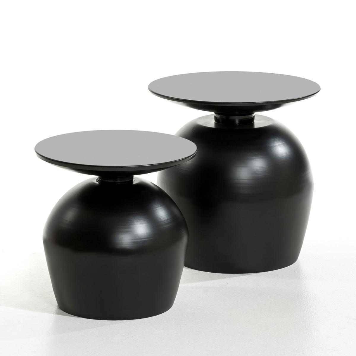 Столик из металла, LotharСтолик Lothar. Столик из металла удивительной формы, напоминающей перевернутый бокал, придаст вашему интерьеру необычный штрих .  Описание : - Из металла . Размеры : - размер 1 : ?40 x 37 см . - размер 2 : ?45 x 46 см .<br><br>Цвет: белый,светло-синий,черный<br>Размер: размер 1.размер 1.размер 2