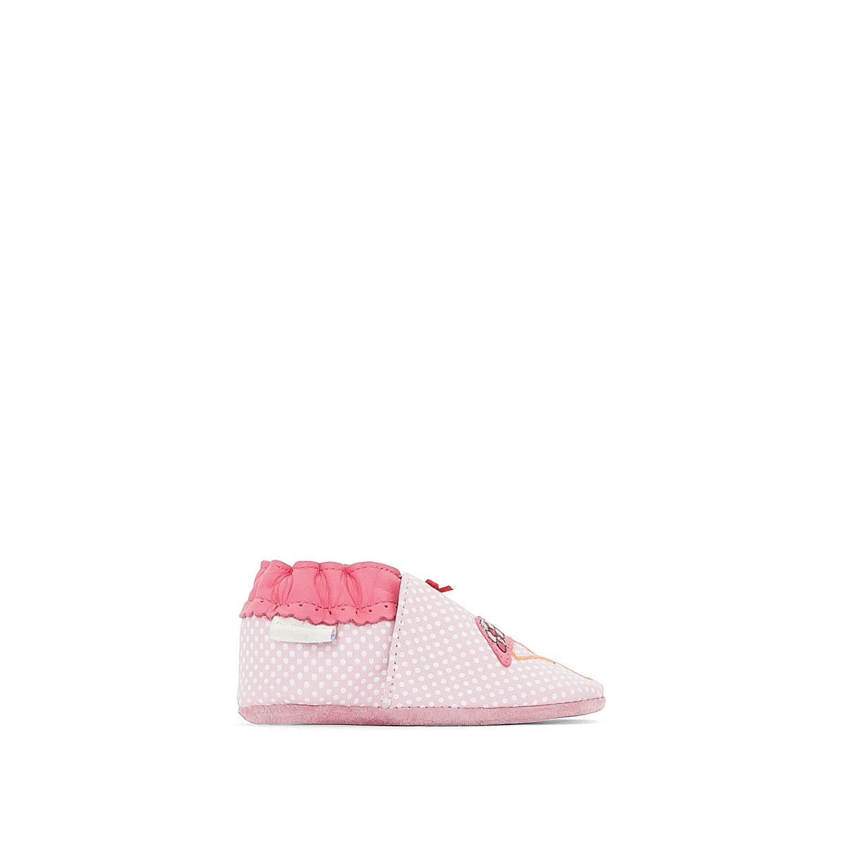 Тапки кожаные Pink FlamingoОписание:Детали •  Тапки в виде носков •  Застежка : без застежкиСостав и уход •  Верх/Голенище : 100% кожа •  Подкладка : 100% текстиль •  Стелька : 100% кожа •  Подошва : 100% кожа<br><br>Цвет: розовый