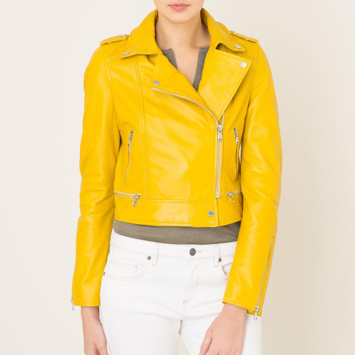 Куртка укороченная YOKOКуртка OAKWOOD - модель YOKO с застёжкой на молнию .Детали •  Длина : укороченная •  Воротник с лацканами •  Застежка на молниюСостав и уход •  100% овечья кожа •  Подкладка : 100% полиэстер •  Следуйте советам по уходу, указанным на этикетке •  Кнопки на плечах •  2 боковых кармана на молнии •  Застёжка на молнию по бокам и на манжетах<br><br>Цвет: желтый<br>Размер: S