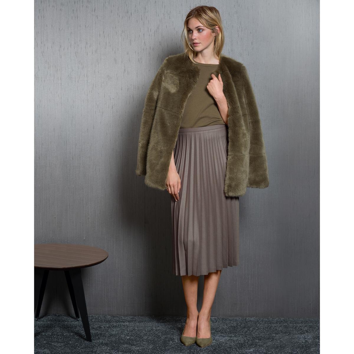Пальто из искусственного меха<br><br>Цвет: хаки<br>Размер: 48 (FR) - 54 (RUS)