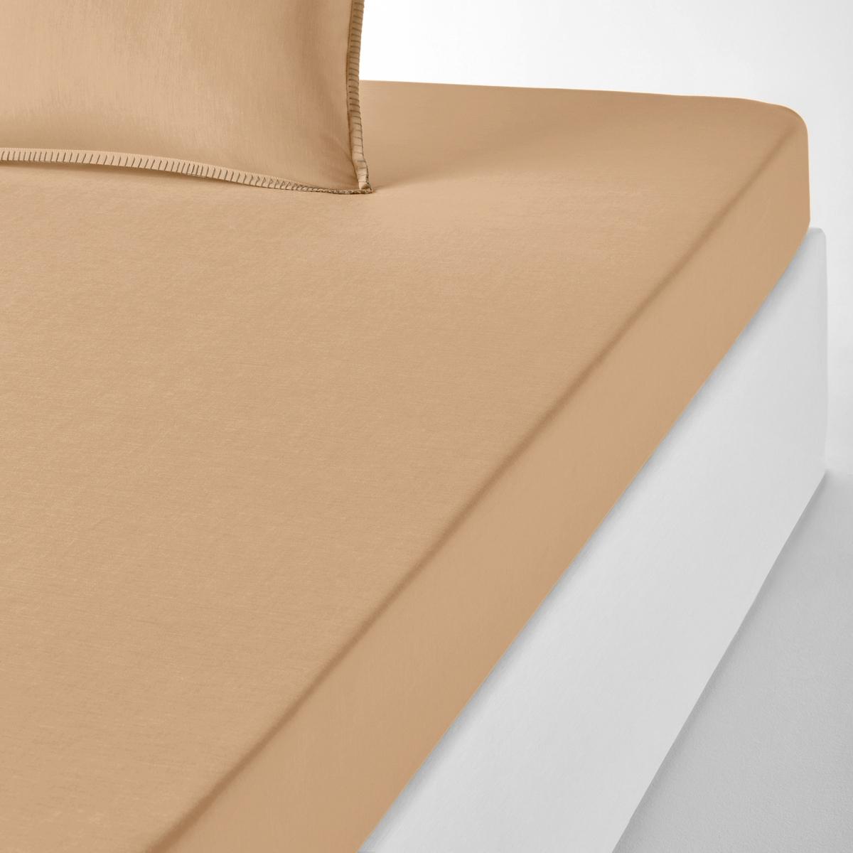 Простыня натяжная из шамбре, KOLZAНатяжная простыня из ткани шамбре Kolza. Постельное белье Kolza модных расцветок из ткани шамбре, 100% хлопок, комфортное и очаровательное постельное белье в минималистском стиле.Характеристики натяжной простыни Kolza : Ткань шамбре, 100% хлопок, качество Best, 57 нитей/см? : чем больше нитей/см?, тем выше качество материала.Отделка в виде контрастных швов цвета небеленой ткани.Машинная стирка при 60 °С. Весь комплект постельного белья из шамбре Kolza Вы найдете на laredoute.ruЗнак Oeko-Tex® гарантирует, что товары прошли проверку и были изготовлены без применения вредных для здоровья человека веществ. Размеры : 90 x 190 см : 1-сп. 140 x 190 см : 2-сп. 160 x 200 см : 2-сп.180 x 200 см : 2-сп.<br><br>Цвет: желтый кукурузный,сероватый,серо-зеленый,серо-коричневый,терракота