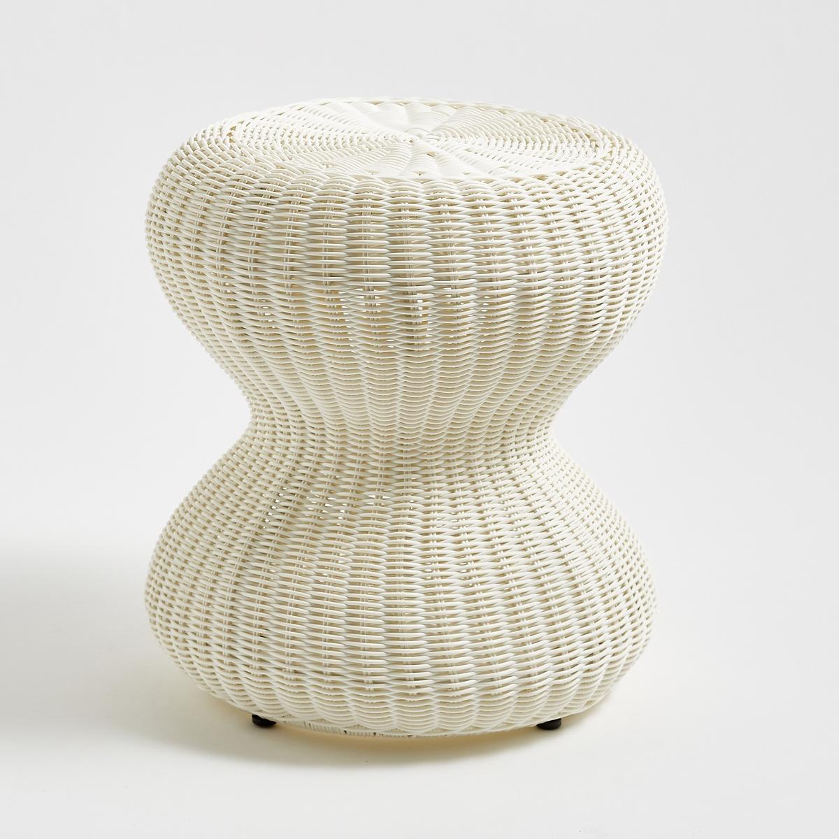 Табурет плетеный из пластмассы VilmineПлетеный табурет из пластмассы Vilmine. Модный и винтажный табурет в Vilmine подойдет для дома или сада. Он может использоваться как небольшой вспомогательный столик.Характеристики табурета на роликах Vilmine :Каркас из стали 19 x 0,8 ммПокрытие из круглой плетеной пластмассы диаметром 3 ммМожно использовать на улице.Всю коллекцию мебели Vilmine и садовой мебели вы можете найти на сайте laredoute.ruРазмеры табурета Vilmine :Общие размерыДиаметр : 40 смВысота : 44 смРазмеры и вес упаковки :1 упаковка42 x 42 x 46 см 4,6 кг:. . ! .<br><br>Цвет: белый,черный