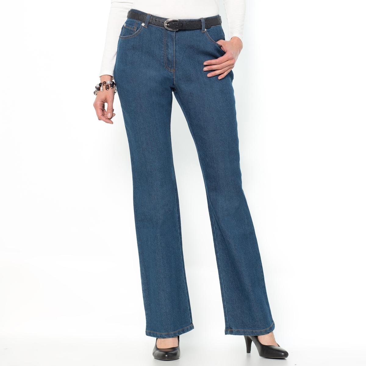 Джинсы расклешенного покроя из денима стретчДжинсы расклешенного покроя с 5 карманами из денима стретч. Ультраженственные.   Слегка расклешенный низ брючин, покрой джинсов идеально подчеркивает женский силуэт. Карманы с вышивкой сзади.   Контрастная строчка.Состав и описание :Материал : деним стретч 73% хлопка, 26% полиэстера, 2% эластана. Длина по внутр.шву 78 см, ширина по низу 24 см.Марка : Anne WeyburnУход :Машинная стирка при 30°С в умеренном режиме с изнаночной стороны с вещами схожих цветов.Гладить при умеренной температуре с изнаночной стороны.<br><br>Цвет: синий потертый<br>Размер: 46 (FR) - 52 (RUS).40 (FR) - 46 (RUS)