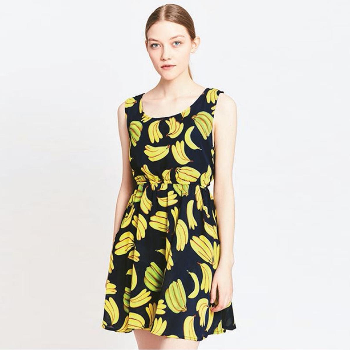Платье расклешенное короткого покроя с рисунком