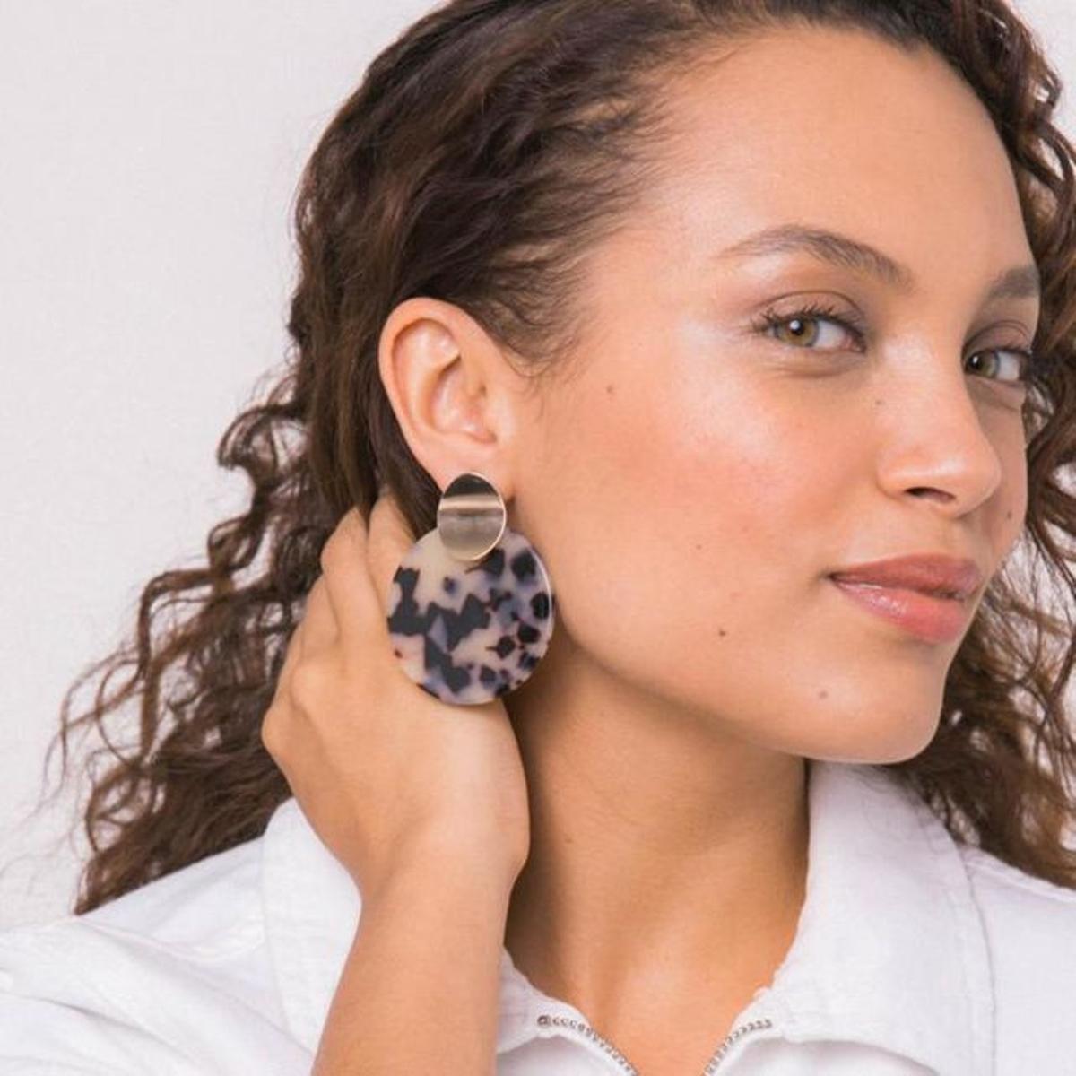 Boucles d'oreilles disques acryliquescailles