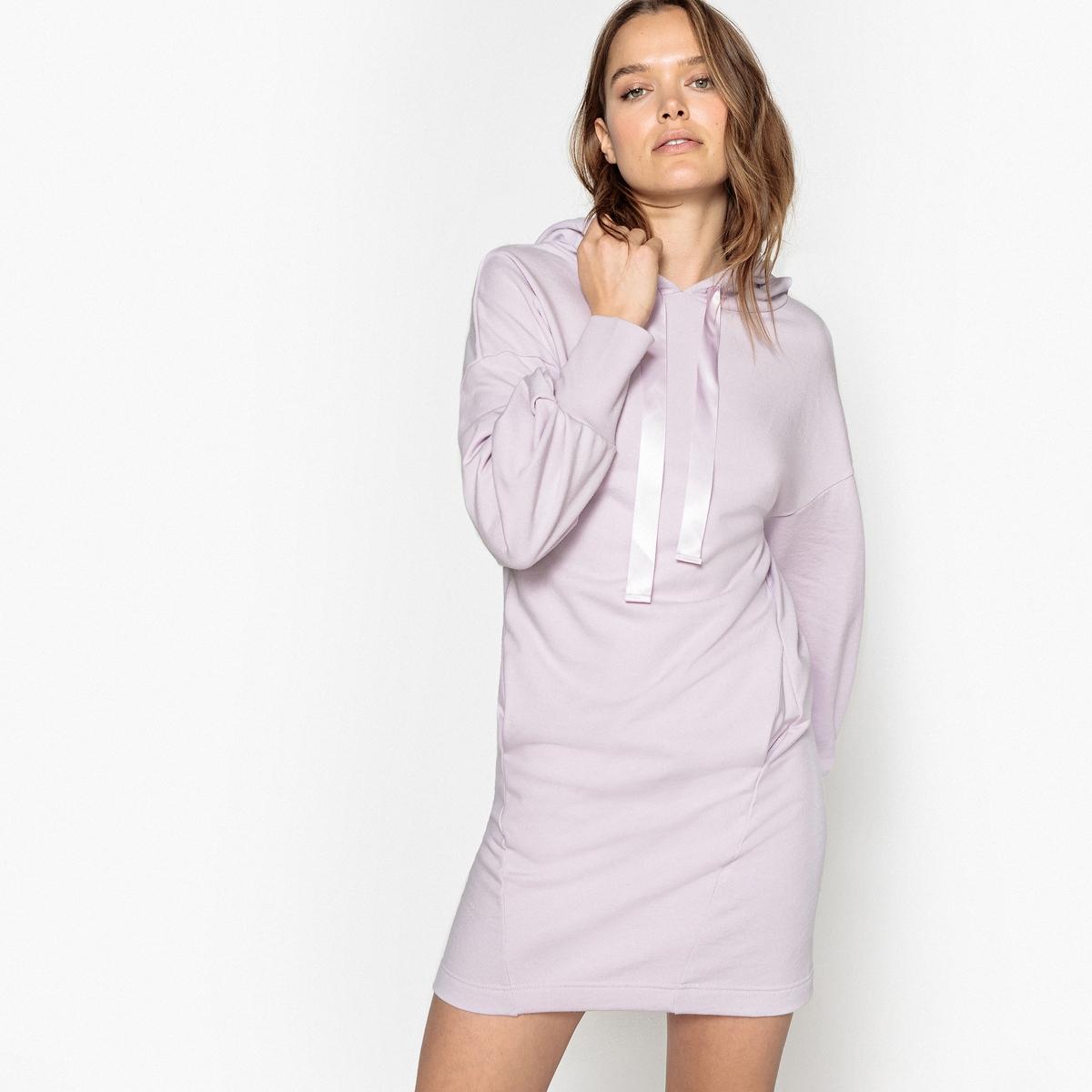 Платье-свитшот с капюшоном и длинными рукавами