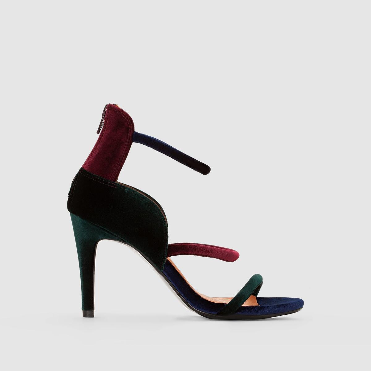 Босоножки велюровые на высоком каблукеТуфли MADEMOISELLE R Верх : текстильПодкладка   : кожа Стелька : кожа Подошва : из эластомераВысота каблука : 9 см  Застежка : без застежкиПреимущества : молния сзади, тонкие ремешки и многоцветный велюр этой модели позволяют по новому взглянуть на стиль босоножек.<br><br>Цвет: разноцветный<br>Размер: 37.38.39.40
