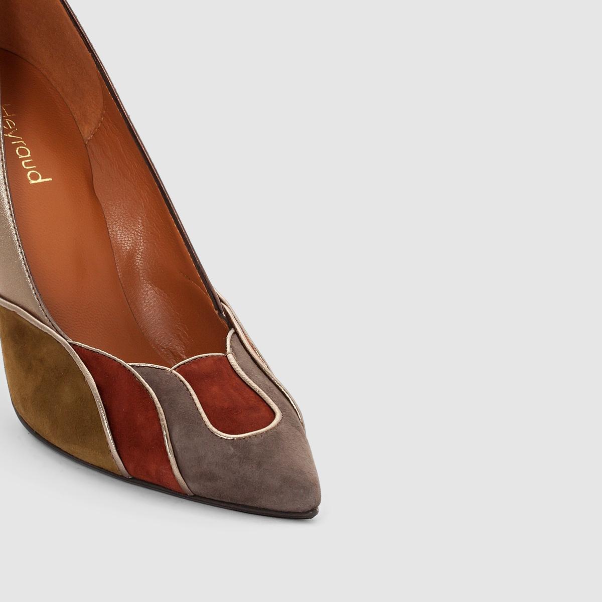 Туфли кожаные на шпильке DonaВерх : голенище из козьей кожи         Подкладка : кожа Стелька : кожа Подошва : кожа Высота каблука : 9 см Форма каблука : шпилька Мысок : заостренный Застежка : без застежки<br><br>Цвет: бронзовый<br>Размер: 36