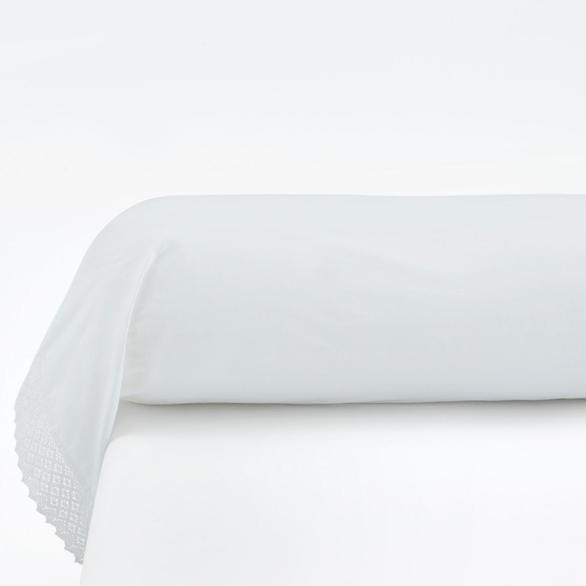 Наволочка на подушку-валик, DentelleХарактеристики наволочки на подушку-валик, Dentelle  :- Кружево по краям - 100% хлопок (52 нити/см?) . Чем плотнее переплетение нитей/см?, тем выше качество материала.- Стирка при 60°.Знак Oeko-Tex® гарантирует отсутствие вредных для здоровья человека веществ в протестированных и сертифицированных изделиях.Размеры :85 x 185 см : Наволочка на подушку-валик Найдите комплект постельного белья DENTELLE<br><br>Цвет: белый