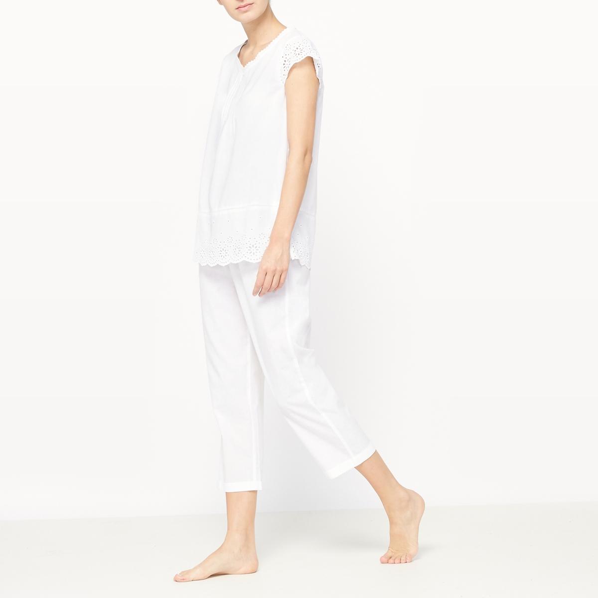 Пижама с укороченными брюкамиКомфортная пижама с укороченными брюками для стиля, неподвластного времени! Футболка с короткими рукавами и вставками из кружева на рукавах, вырезе и по низу. Неглубокий V-образный вырез. Укороченные брюки с эластичным поясом.                     Состав и описание :  Материал          100% хлопокДлина футболки 65 смДлина по внутр.шву    51 смМарка          Louise MarnayУход :Машинная стирка при 40 °С с вещами схожих цветов.Стирать и гладить с изнаночной стороны.Машинная сушка в умеренном режиме.Гладить при умеренной температуре.<br><br>Цвет: белый<br>Размер: 48 (FR) - 54 (RUS).42 (FR) - 48 (RUS).40 (FR) - 46 (RUS).38 (FR) - 44 (RUS)