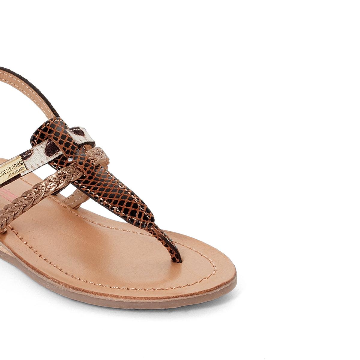 Босоножки кожаные BarakaВерх : кожа   Подкладка : кожа   Стелька : кожа   Подошва : синтетика   Форма каблука : плоский каблук   Мысок : закругленный мысок  Застежка : пряжка<br><br>Цвет: принт/бежевый