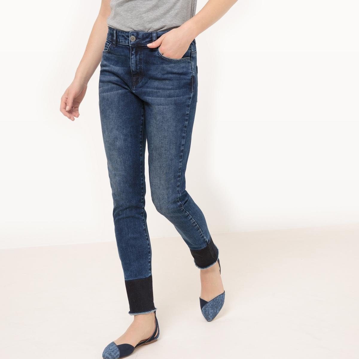 Джинсы, низ с линялым эффектомМатериал : 98% хлопка, 2% эластана  Высота пояса : стандартная Покрой джинсов : узкий Длина джинсов : длина 32 Особенность материала : с линялым эффектом  Стирка : машинная стирка при 30 °С в деликатном режиме Уход : сухая чистка и отбеливание запрещены Машинная сушка : запрещена Глажка : при умеренной температуре<br><br>Цвет: синий потертый<br>Размер: 48 (FR) - 54 (RUS).40 (FR) - 46 (RUS).38 (FR) - 44 (RUS).36 (FR) - 42 (RUS)