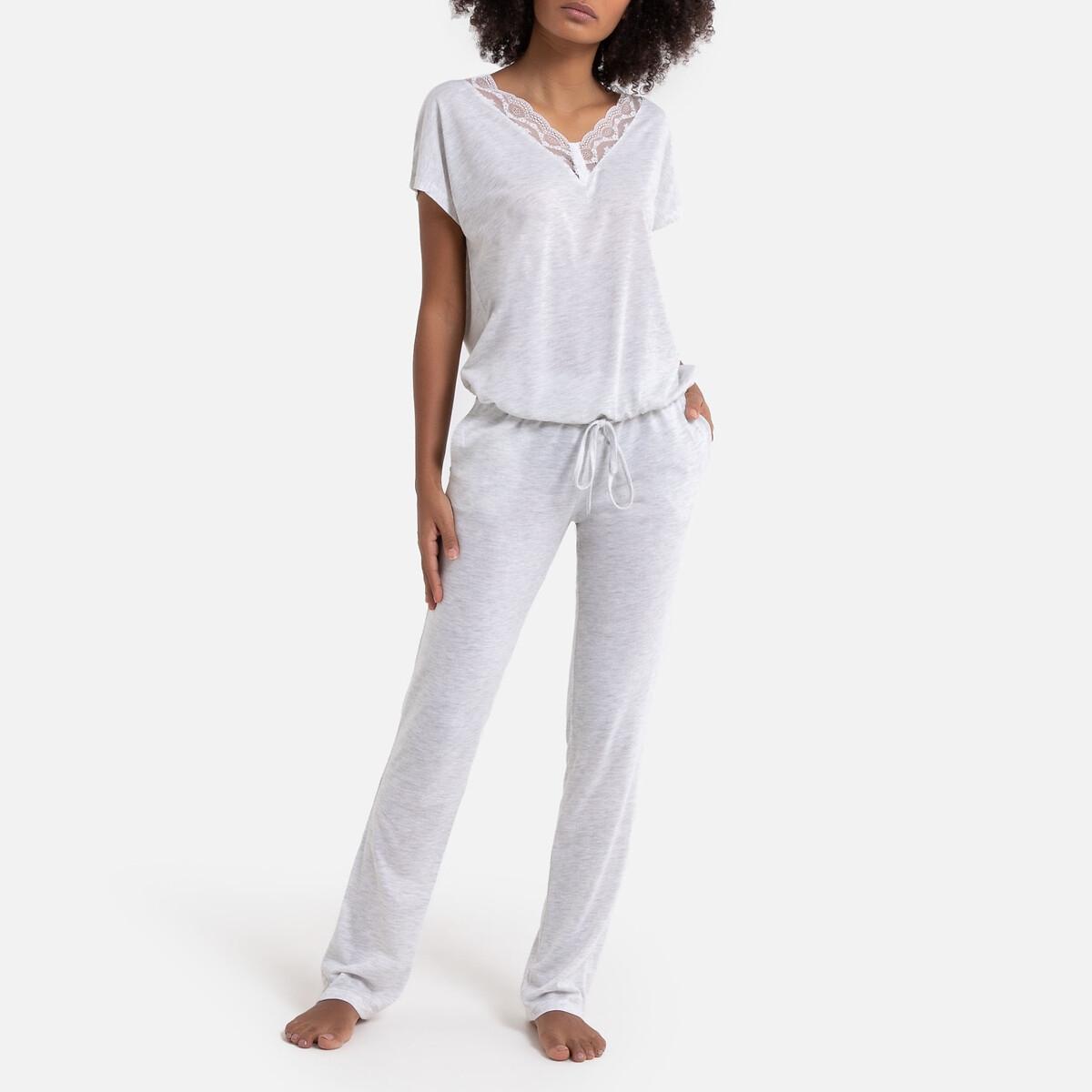 Pijama de punto con detalle de encaje