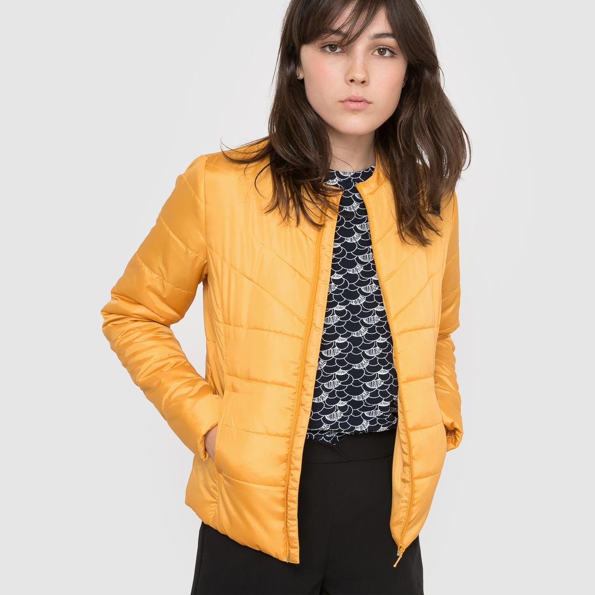 Куртка стеганая короткая легкая