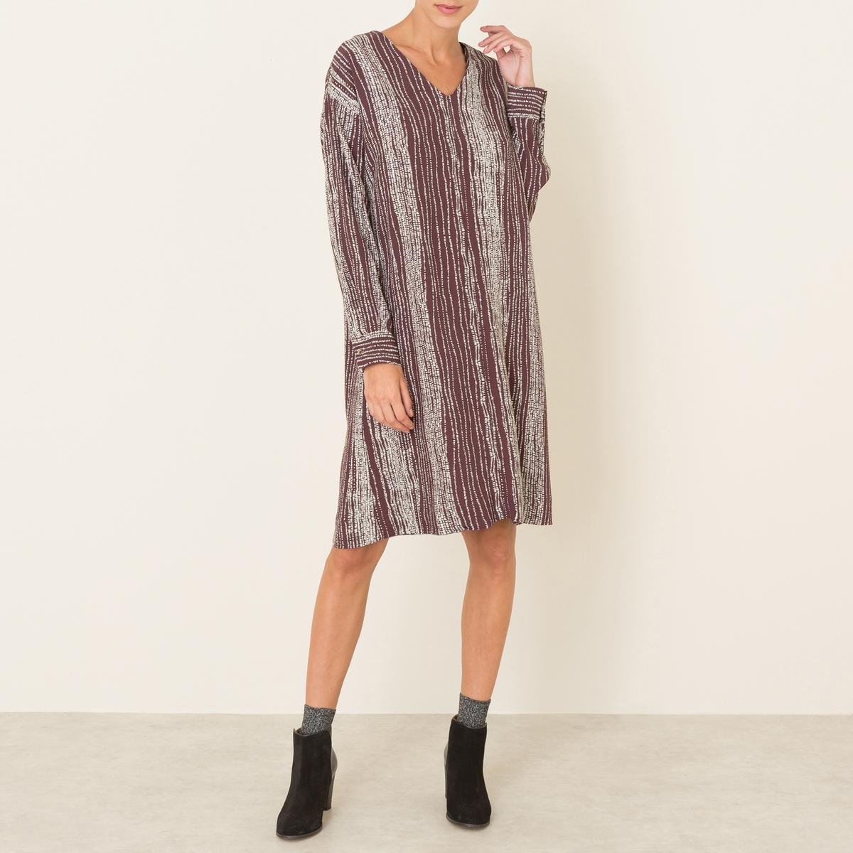 Платье с рисункомСостав и описаниеМатериал : 100% вискоза Длина : 105 см. (для размера S)Марка : NIU<br><br>Цвет: темно-фиолетовый