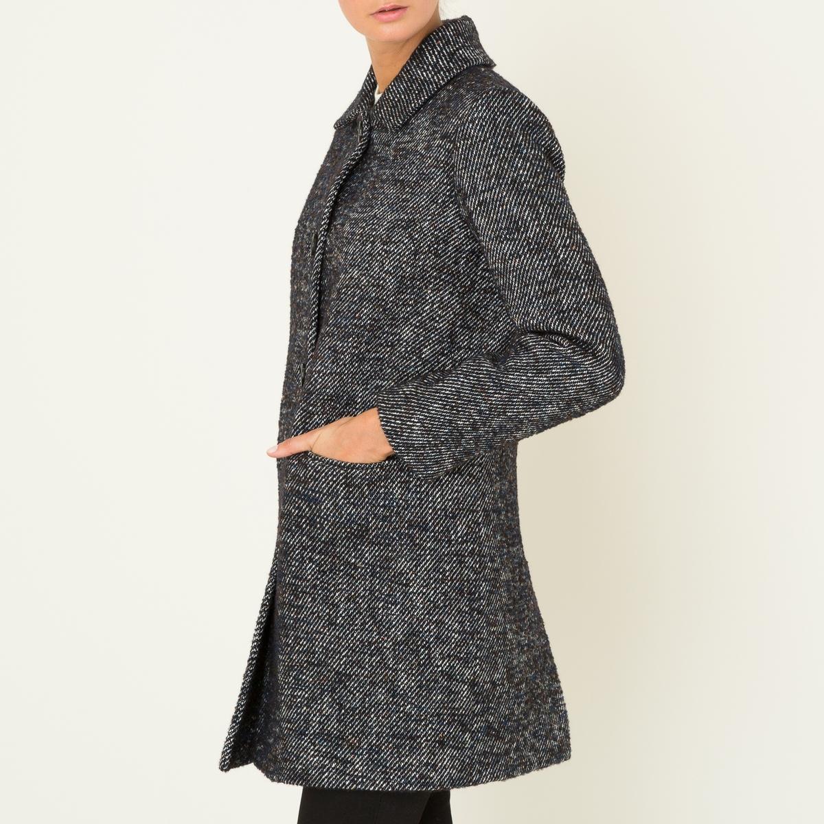 Пальто длинное из шерстяного драпаДлинное пальто LA BRAND BOUTIQUE - из двухцветного шерстяного драпа.  Рубашечный воротник с застежкой на пуговицы. Прямые длинные рукава. 2 прорезных кармана. Шлица сзади. На подкладке.Состав и описание    Материал : 31% хлопка, 27% необработанной шерсти, 22% полиэстера, 8% альпаки, 8% акрила, 4% шелка   Подкладка 100% ацетат   Марка : LA BRAND BOUTIQUE<br><br>Цвет: темно-синий<br>Размер: 40 (FR) - 46 (RUS)