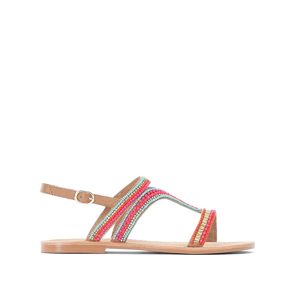 Sandálias rasas com pérolas fantasia coloridas