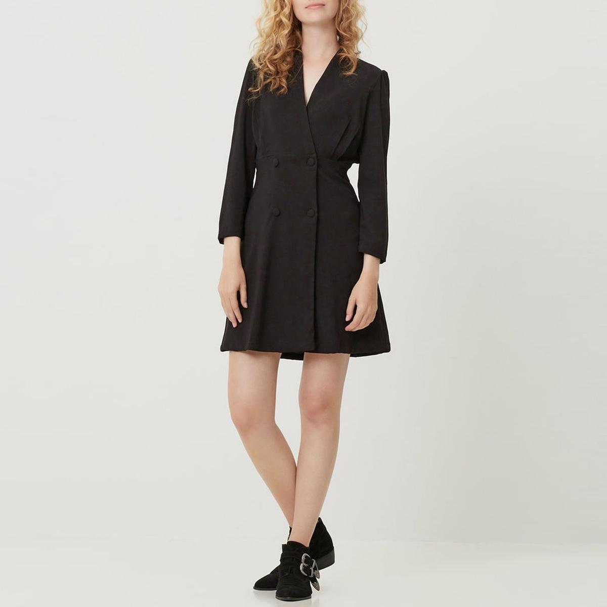 Платье с запахом с длинными рукавамиПлатье с запахом VERO MODA. V-образный вырез. Длинные рукава. Пуговицы на поясе. Вытачки на поясе. Юбка расклешенная.          Состав и описание     Материал        100% полиэстер     Марка        VERO MODA<br><br>Цвет: черный<br>Размер: S