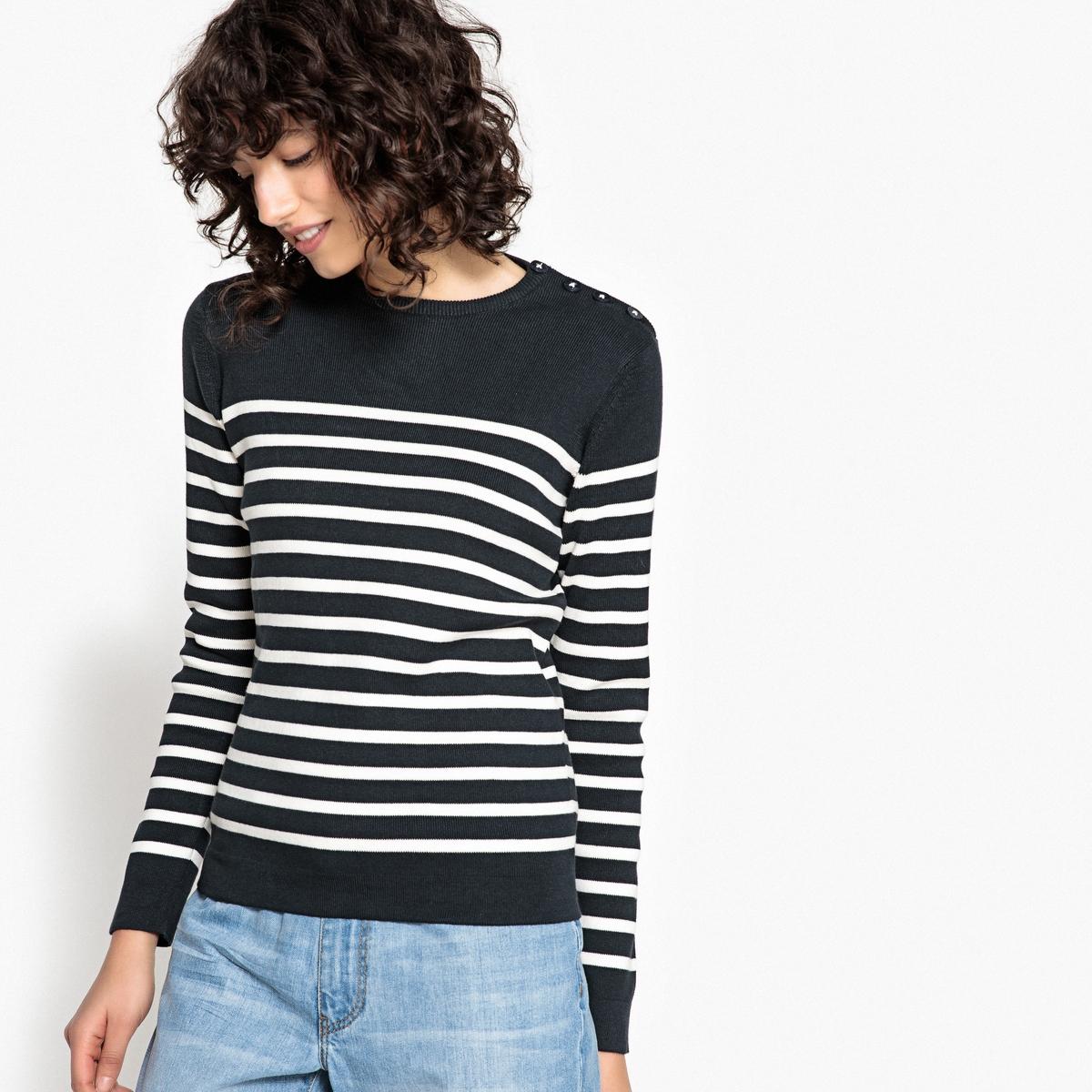 Пуловер в морском стиле в полоску с круглым вырезом