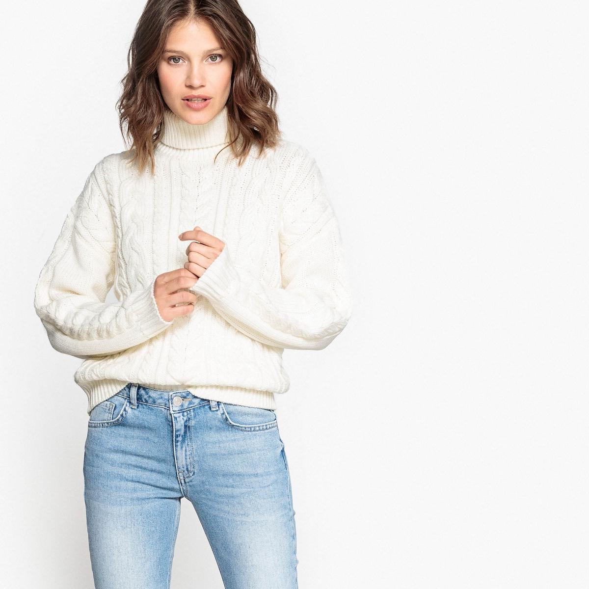 Пуловер-водолазка шерстяной с рисунком косы