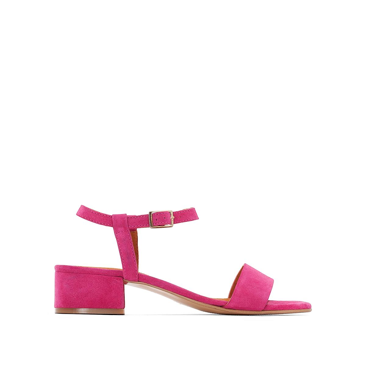 Босоножки кожаные на среднем каблукеВерх : кожа   Подкладка : кожа   Стелька : кожа   Подошва : эластомер   Высота каблука : 4 см   Форма каблука : широкий    Мысок : открытый   Застежка : ремешок с пряжкой    Страна производства : Португалия<br><br>Цвет: розовый фуксия<br>Размер: 37