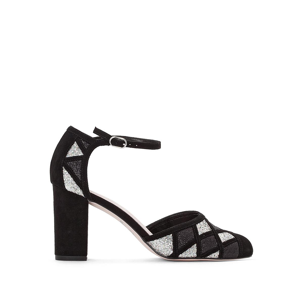 Sapatos com tira, motivos geométricos bicolores